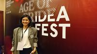 Dian Sastro menjadi moderator dalam IDEAFest 2019. (Liputan6.com/Dinny Mutiah)
