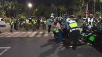 Polisi mengamankan puluhan sepeda motor berknalpot brong yang mulai ramai di tengah pandemi COVID-19. (Foto:Liputan6.com/Dian Kurniawan)