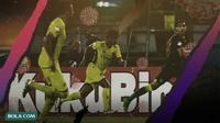 Gelaran sepak bola terganggu oleh virus corona. (Bola.com/Dody Iryawan)