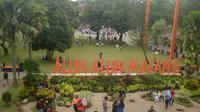 Alun - Alun Kota Malang (Liputan6.com/Zainul Arifin)