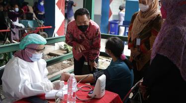 Wakil Ketua Komisi IX Dewan Perwakian Rakyat (DPR) Charles Honoris mengingatkan Jokowi untuk tingkatkan penganganan kasus covid-19. (Istimewa)