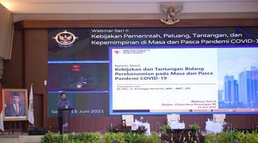 Menko Perekonomian Airlangga Hartarto dalam webinar yang diselenggarakan oleh Badan Pemeriksa Keuangan Republik Indonesia (BPK RI), Selasa (15/6/2021). Dok Kemenko