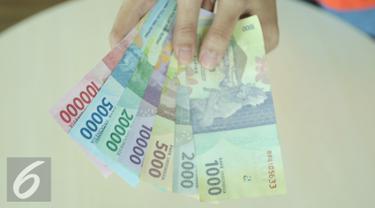 Ilustrasi uang tunai
