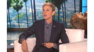 Selain Victoria Secret, Ellen pun pernah membuat parodi Jennifer Lopez.