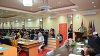 Ini bertujuan agar tidak ada jarak standar nasional yang terlalu jauh antara Perguruan Tinggi di Indonesia