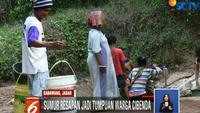 Jumlahnya tak banyak, juga kondisinya yang keruh menjadi tumpuan warga demi mencukupi kebutuhan akan air.