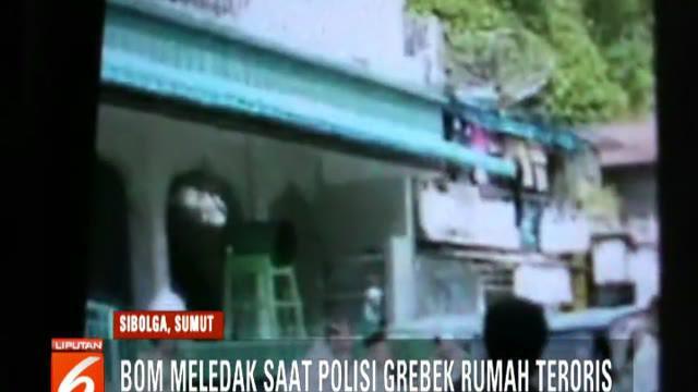 Menurut warga, ledakan diduga terjadi saat terduga teroris yang rumahnya digrebek polisi melemparkan bom ke dinding rumah.