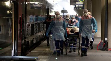 FOTO: Prancis Kerahkan Kereta Kecepatan Tinggi Evakuasi Pasien Corona COVID-19