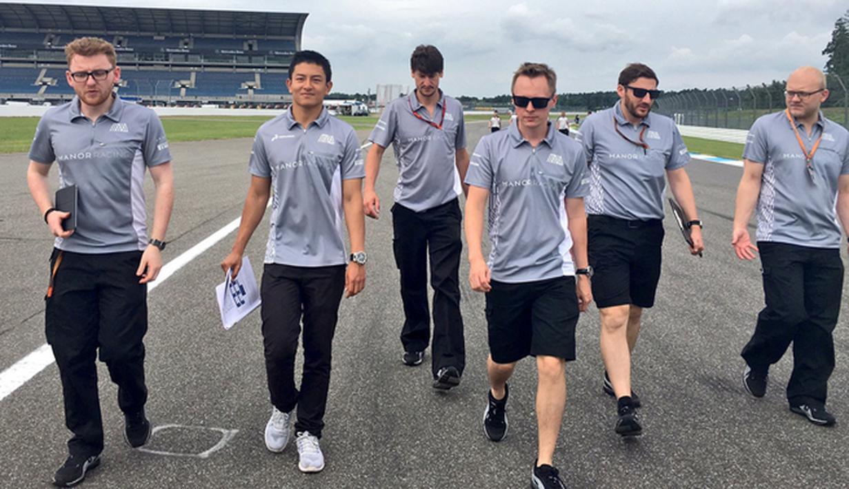 Pebalap Manor Racing asal Indonesia, Rio Haryanto, berada di posisi ke-21 latihan bebas pertama F1 GP Jerman di Sirkuit Hockenheim, (29/7/2016). (Bola.com/Twitter/Manorracing)