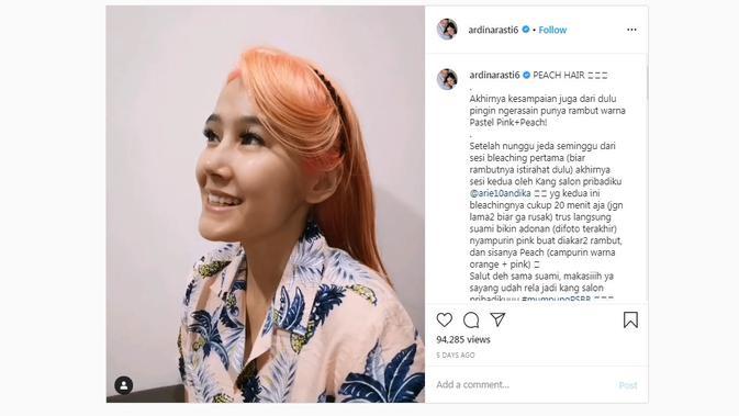 Intip Tampilan Ardina Rasti dengan Rambut Warna Peach dan Pink