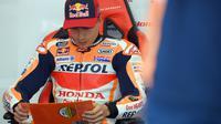 Pembalap Repsol Honda, Marc Marquez jelang balapan MotoGP Catalunya hari Minggu (06/06/2021).  (LLUIS GENE / AFP)