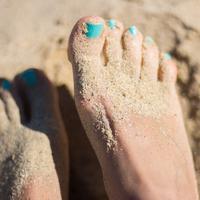 Selalu keringkan kaki untuk terhindar dari jamur (Foto: unsplash/Juja Han)
