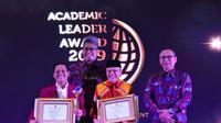 UNTAR meraih penghargaan di ajang bergengsi Academic Leader Award 2019.