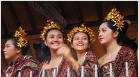 Ilustrasi pariwisata dan seni budaya Bali
