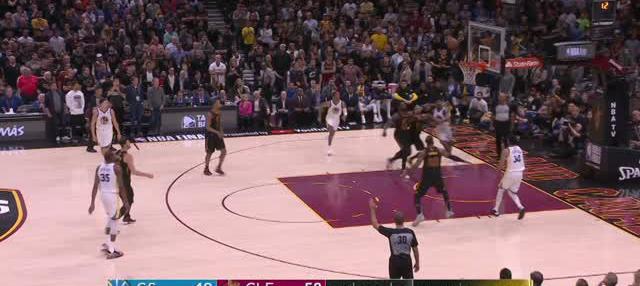 Berita video game recap NBA 2017-2018 antara Golden State Warriors  melawan Cleveland Cavaliers dengan skor 110-102.