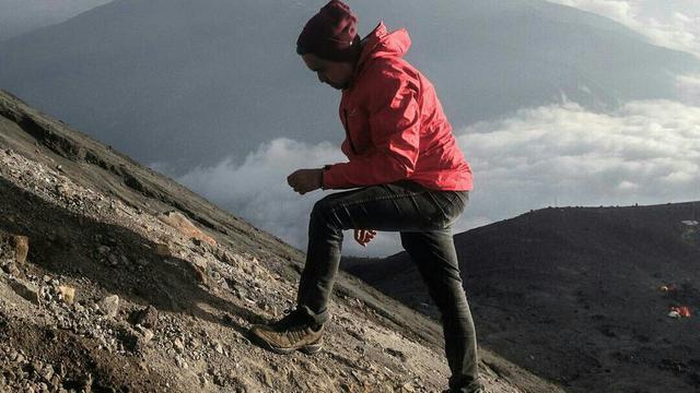 Ini Alasan Jeans Haram Dikenakan Saat Mendaki Gunung Citizen6 Liputan6 Com