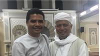 Ustaz Arifin Ilham di Masjid Jamek Al Munawar, Penang, Malaysia. (dok.Instagram @agusjurnalis/https://www.instagram.com/p/BtKEwzAHZn8/Henry