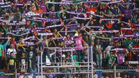 Euforia Persikmania mengantarkan Persik Kediri menjuarai Liga 3 2018. (Bola.com/Gatot Susetyo)