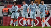 Para pemain Chelsea merayakan gol Willian ke gawang Vidi FC. (AFP/Attila Kisbenedek)