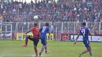 Pertandingan leg kedua babak 32 besar Piala Indonesia 2018 antara Persibat Batang kontra PSIS Semarang di Stadion Moch Sarengat, Jumat (8/2/2019). (Bola.com/Vincentius Atmaja).