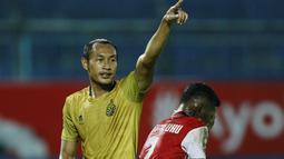 Hansamu Yama - Bek tangguh Bhayangkara FC ini merupakan salah satu pemain bertahan terbaik yang dimiliki Indonesia saat ini. Pemain asal Mojokerto itu memiliki banderol sebesar Rp 4,78 miliar. (Foto: Bola.com/M Iqbal Ichsan)