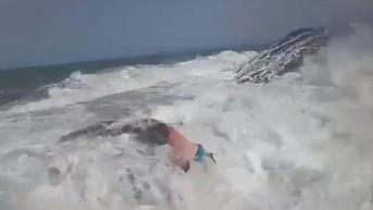 Detik-Detik Pelatih Fitness Hilang di Laut Saat Tolong Teman