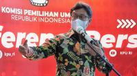 Bertempat di Kantor KPU Jakarta, Menteri Kesehatan RI Budi Gunadi Sadikin menandatangani perjanjian kerja sama antara Kementerian Kesehatan dengan Komisi Pemilihan Umum (KPU) RI pada 2 Maret 2021. (Dok Kementerian Kesehatan RI)