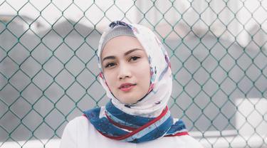 Gaya Hijab Melody Nurramdhani Laksani