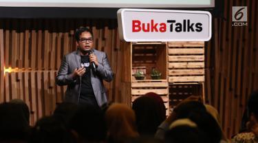 Head of Payment and Financial Services Bukalapak Destya Pradityo menjadi pembicara dalam BukaTalks yang bertajuk Millennial Millionaire di SCTV Tower, Jakarta, Selasa (24/4). (Liputan6.com/Arya Manggala)