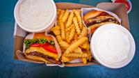 Ilustrasi junk food. (dok. Caleb Oquendo/Pexels.com)