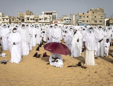 FOTO: Potret Perayaan Idul Adha Muslim Layene Senegal