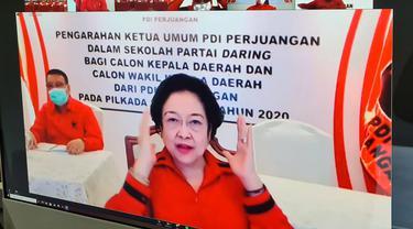 Ketua Umum PDIP Megawati Soekarnoputri Saat Memberikan Arahan di Sekolah Partai Gelombang II