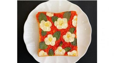 Beda dari Lainnya, Seniman Ini Bikin Lukisan Indah di Atas Roti Tawar