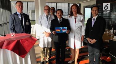Dokter Terawan memenuhi undangan Rumah Sakit Krankenhaus Nordwest Jerman untuk mengenalkan metode cuci otak.