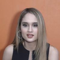 Cinta Laura kembali main di film Hollywood yang berjudul The Ninth Passenger dan menjadi brand ambassador.