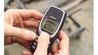 Nokia 3310 masih bisa dipakai untuk main Snake 2 (Photo: Hull Daily Mail)