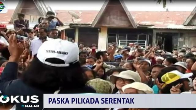 Massa meminta agar oknum KPUD ditindak tegas dan dilakukan pemungutan suara ulang di beberapa kecamatan.