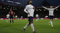 Mohamed Salah mencetak gol untuk Liverpool pada laga melawan Bournemouth. (AFP/Adrian Dennis)