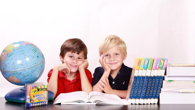 Bangkitkan Semangat Anak di Usia Sekolah dengan Cara Ini