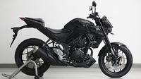 Dari tampak samping, new Yamaha MT-25 makin terlihat agresif. (Oto.com)