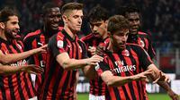 Fabio Borini mencetak gol untuk AC Milan pada laga melawan Bologna. (AFP/Miguel Medina)