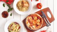 Berikut sensasi mencicipi menu pizza Indomie di restoran Popolamama untuk merayakan HUT RI. (Foto: Dok.Popolamama)