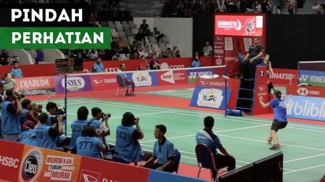 Berita video momen laga Marcus Gideon / Kevin Sanjaya sempat tidak menjadi pusat perhatian karena pertandingan di court 2 Indonesia Masters 2019.
