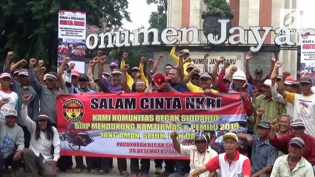 Ratusan tukang becak di Sidoarjo gelar deklarasi pemilu damai agar situasi di daerahnya tetap kondusif.