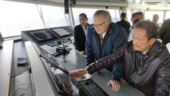 Hemat Energi, Menteri Trenggono Berencana Pakai Kapal Listrik untuk Perikanan Tangkap