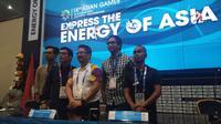 Direktur kreatif upacara penutupan Asian Games 2018, Wishnutama Kusubandiro (dua dari kiri), pada konferensi pers di Jakarta, Senin (27/8/2018). (Liputan6.com/Cakrayuri Nuralam)