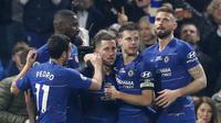Penyerang Chelsea, Eden Hazard, melakukan selebrasi usai membobol gawang West Ham United pada laga Premier League 2019 di Stadion Stamford Bridge, Selasa (9/4). Chelsea menang 2-0 atas West Ham United. (AP/Alastair Grant)