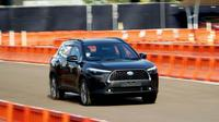 Resmi memeriahkan pasar otomotif Tanah Air, PT Toyota Astra Motor (TAM) secara resmi merilis Corolla Cross secara virtual.