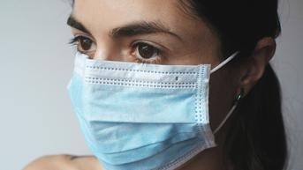 Cara Mencegah Maskne akibat Pemakaian Masker