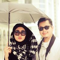Dian Pelangi dan Tito Haris Prasetyo saat masih merasakan kebahagiaan bersama (dianpelangi.net)